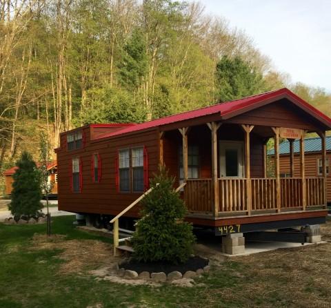 royal coachman deluxe cabin